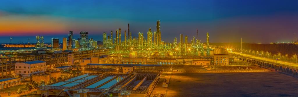欧佩克决定逐步增产 原油周四收盘大涨