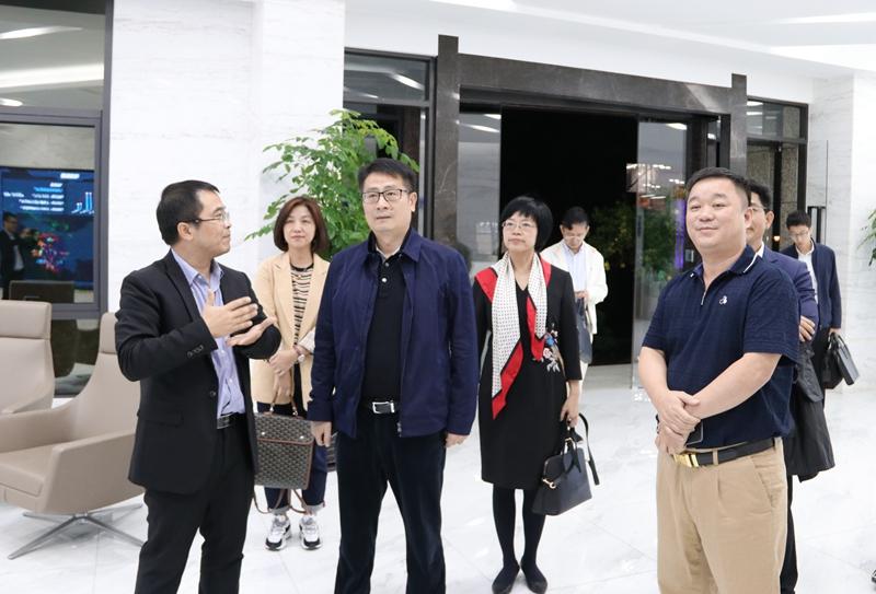 汕头市委常委、副市长李宇一行莅临塑米城参观指导!
